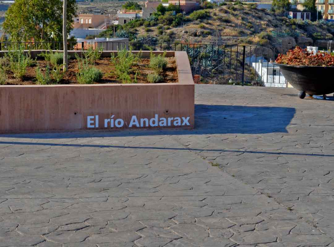 cerro-viator - ELRIOANDARAX (arquitectura-sostenible)